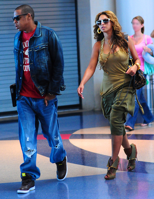 Beyonce is wearing Alexander McQueen Cuffed Ankle Boots