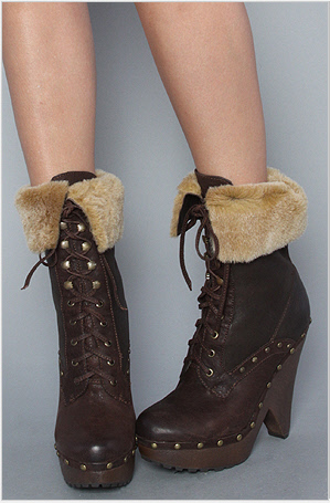 cozy ankle boots by Sam